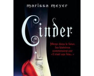 Les Chroniques Lunaires, tome 1 : Cinder de Marissa Meyer