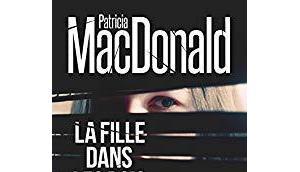 fille dans bois, Patricia Macdonald